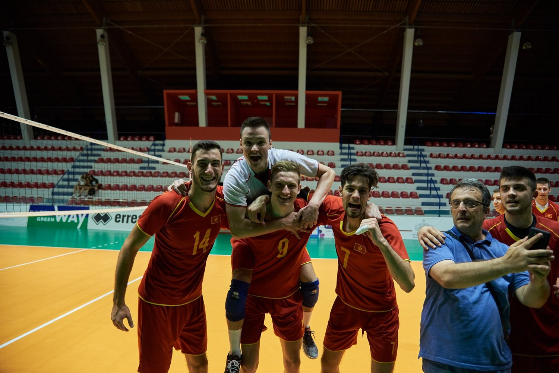 muska juniorska odbojkaska reprezentacija crne gore juniori odbojkasi balkansko prvenstvo tirana prvaci 24